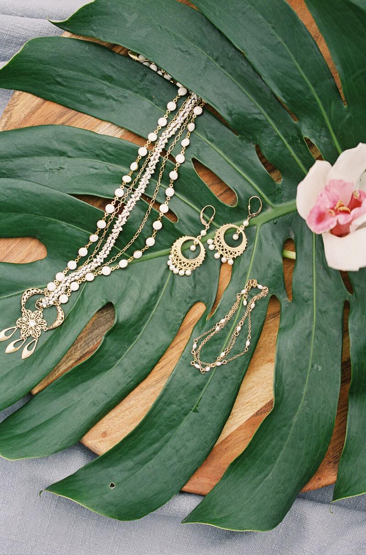 tropical-wedding-inspiration-texas-fine-art-film-2.jpg
