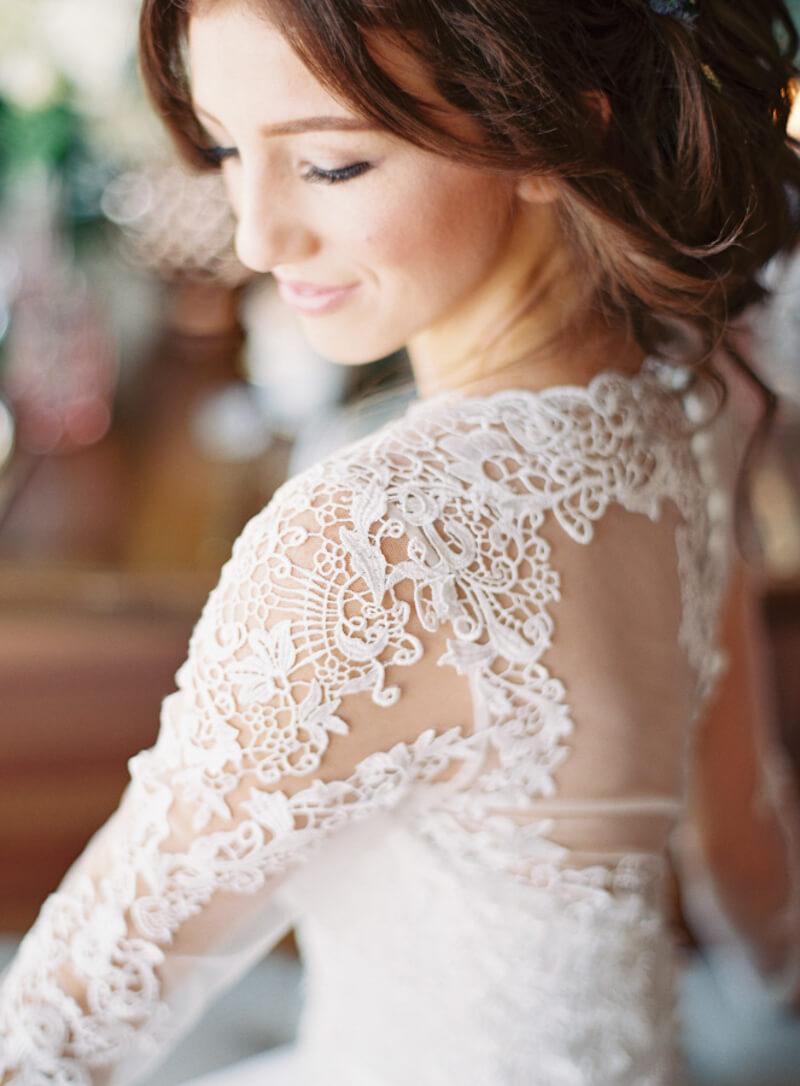 dress-sleeves-bridal-fashion-fine-art-film-3.jpg