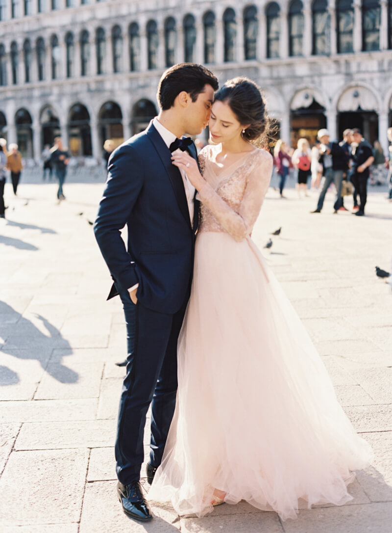 wedding-dresses-with-pretty-sleeves-15.jpg