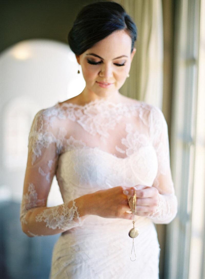 dress-sleeves-bridal-fashion-fine-art-film-7.jpg