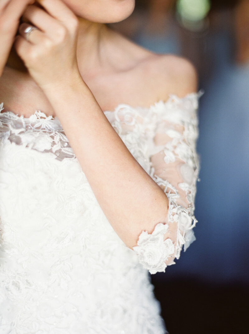 wedding-dresses-with-pretty-sleeves-11.jpg