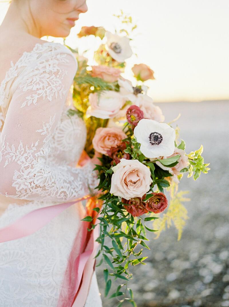 wedding-anniversary-shoot-vancouver-canada-4.jpg