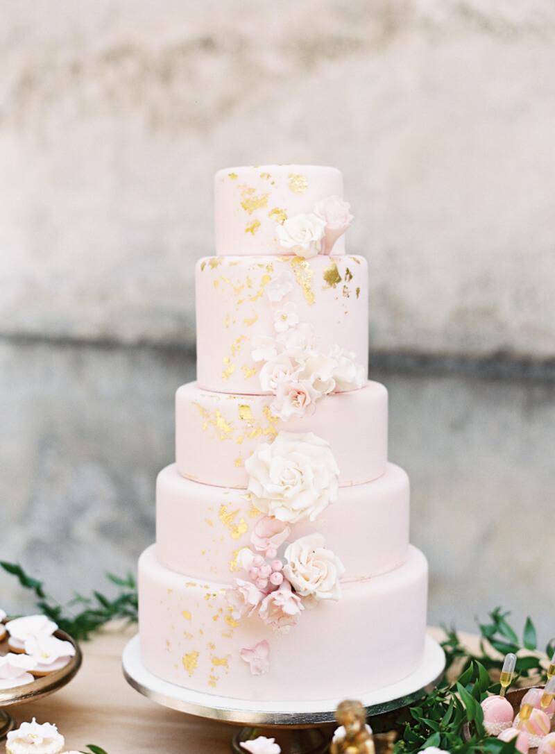 wedding-cake-ideas-for-trendy-brides-3.jpg