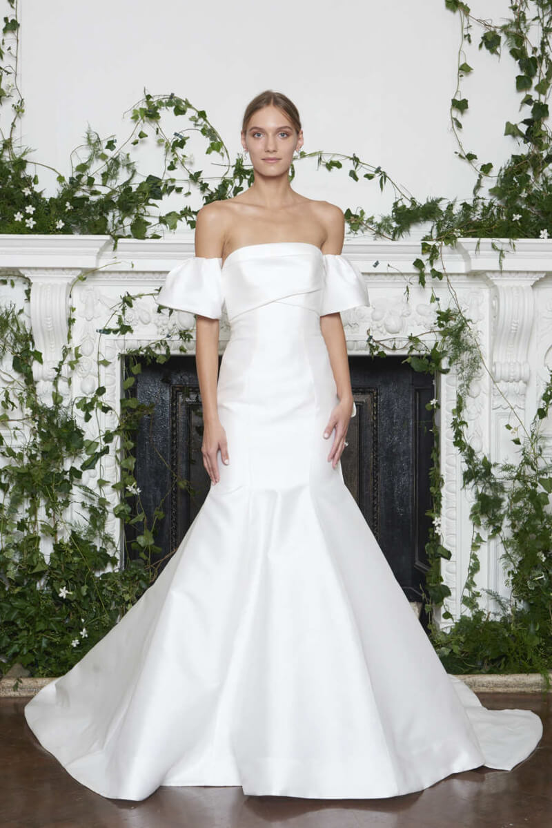 monique-lhuillier-fall-2018-wedding-dresses-6.jpg