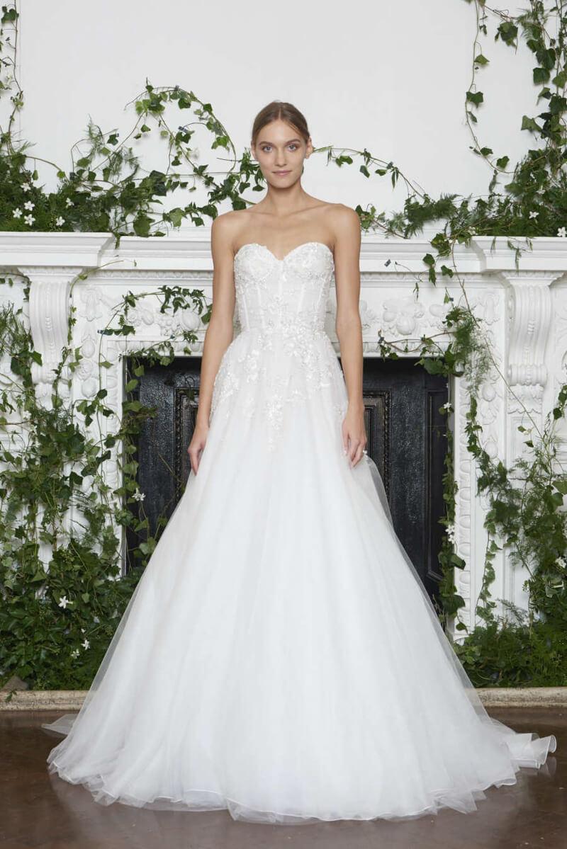 monique-lhuillier-fall-2018-wedding-dresses-9.jpg