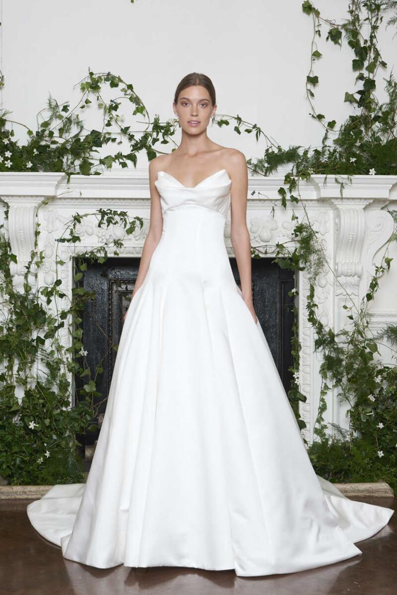 monique-lhuillier-fall-2018-wedding-dresses-3.jpg