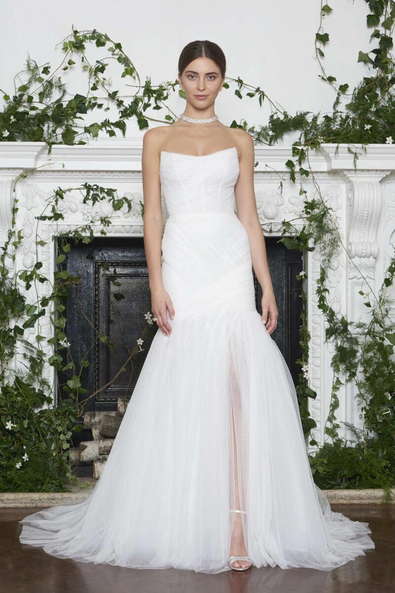 monique-lhuillier-fall-2018-wedding-dresses-2.jpg