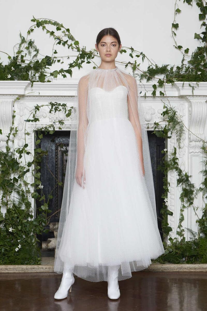monique-lhuillier-fall-2018-wedding-dresses-7.jpg