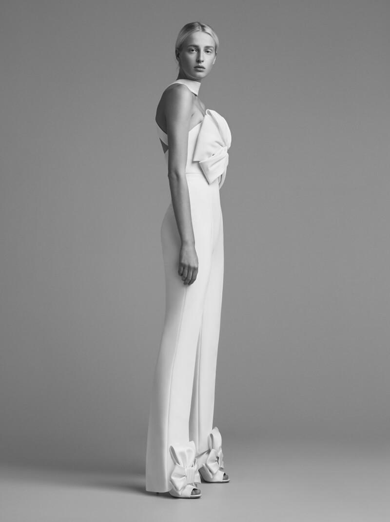 viktor-and-rolf-fall-2018-wedding-dresses.jpg