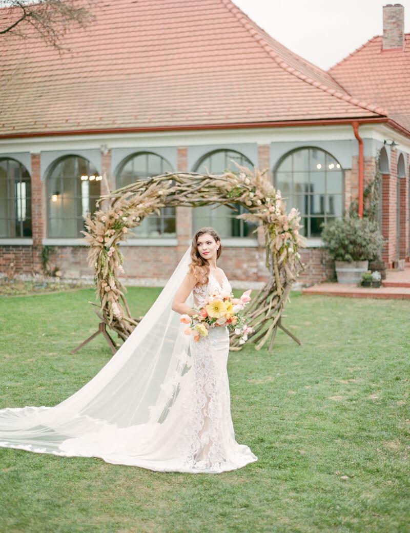 slovakia-bratislava-wedding-shoot-fine-art-film-18.jpg