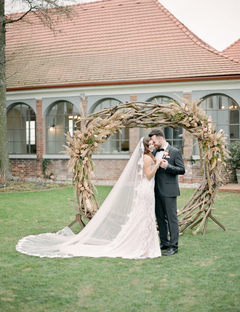 slovakia-bratislava-wedding-shoot-fine-art-film-21.jpg