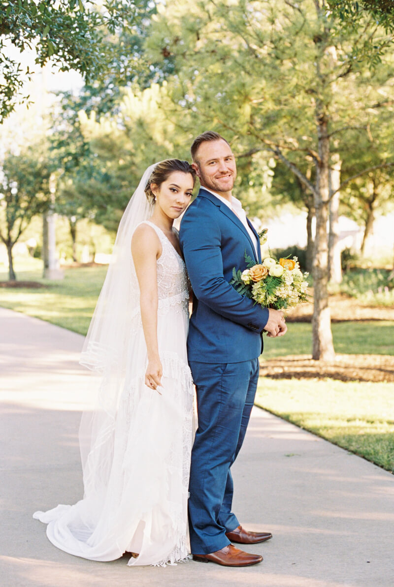 texan-wedding-inspiration-fine-art-film-4.jpg