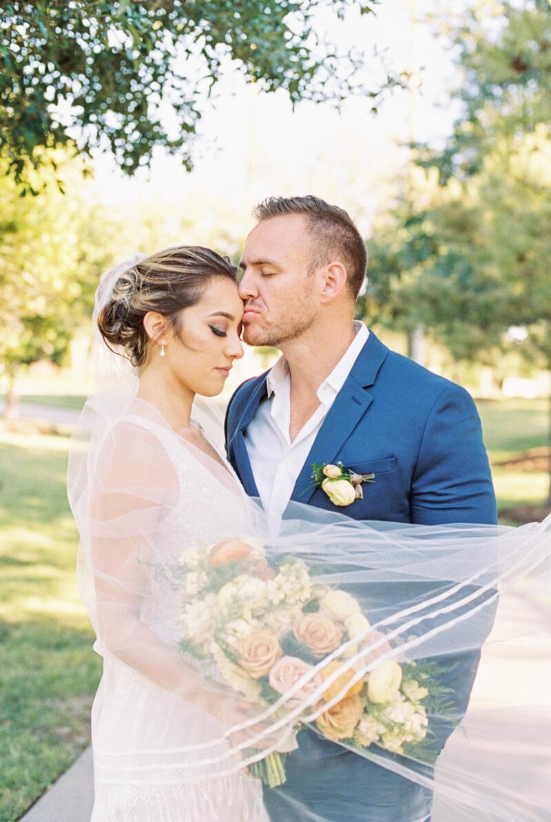 texan-wedding-inspiration-fine-art-film-5.jpg