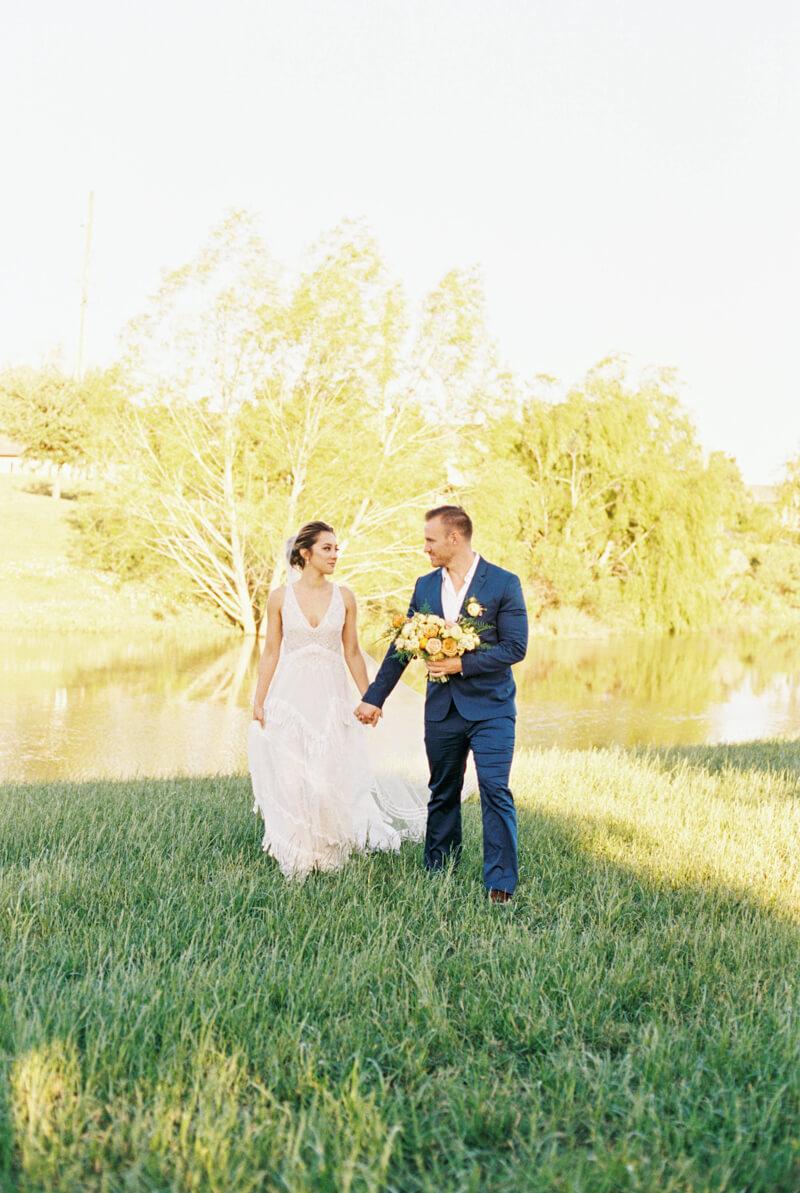 texan-wedding-inspiration-fine-art-film-12.jpg