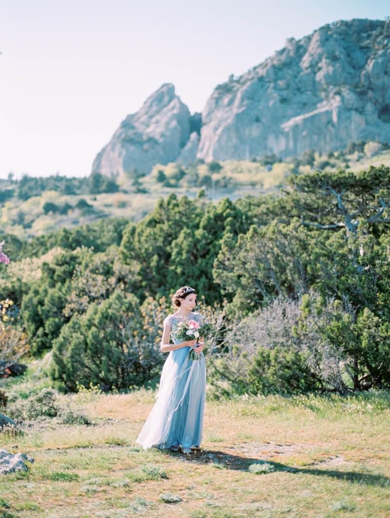 cape-of-crimea-wedding-fine-art-film-12.jpg