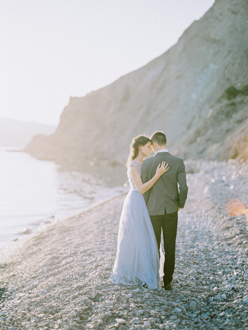 cape-of-crimea-wedding-fine-art-film-26.jpg