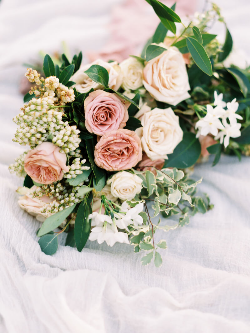 ethereal-blossom-bridal-portraits-fine-art-film-5.jpg
