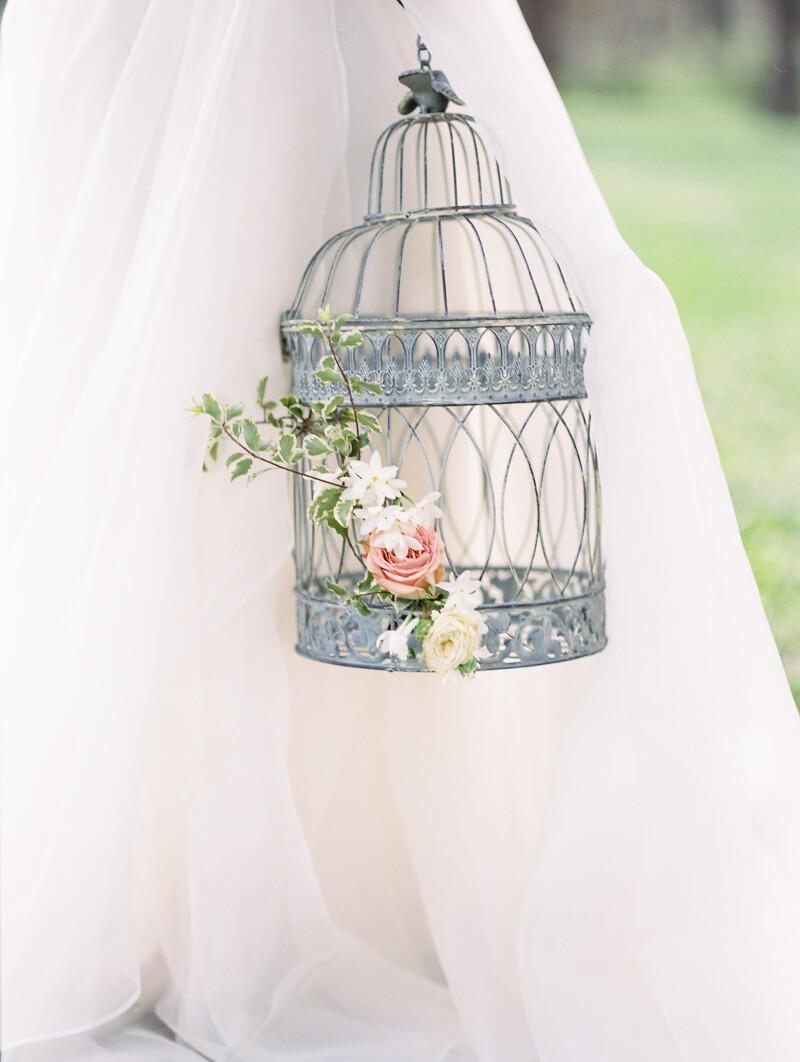 ethereal-blossom-bridal-portraits-fine-art-film-9.jpg