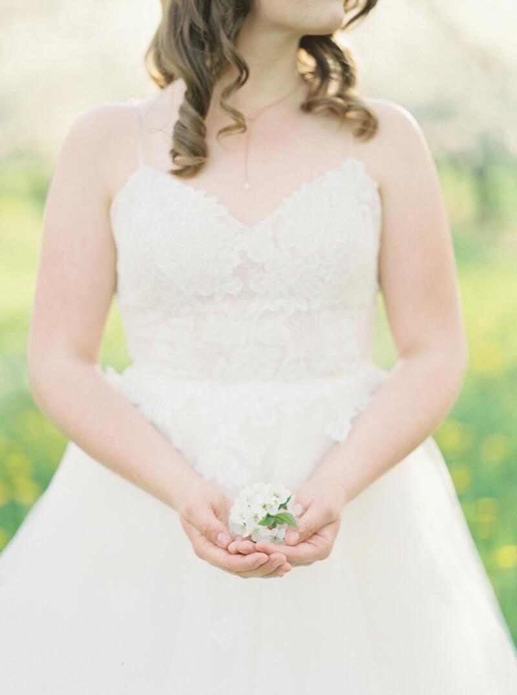 cherry-blossom-wedding-shoot-fine-art-film-11.jpg