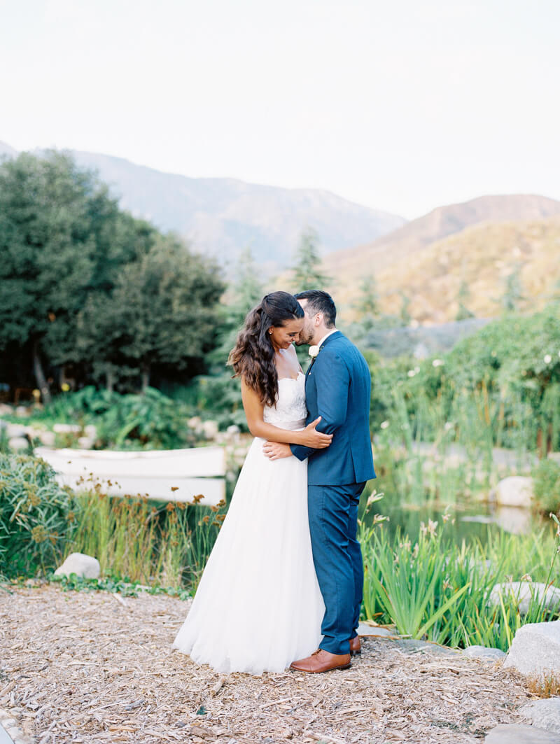 oak-glen-california-wedding-fine-art-film-23.jpg