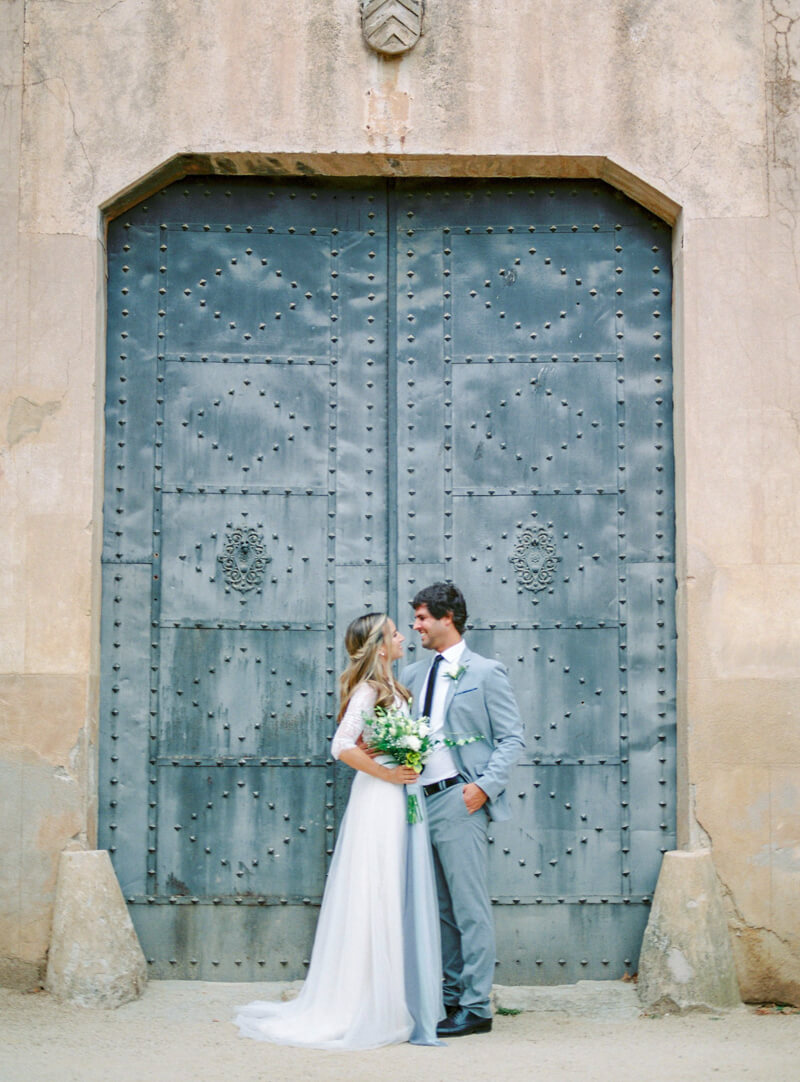 pre-wedding-photos-in-barcelona-spain-3.jpg