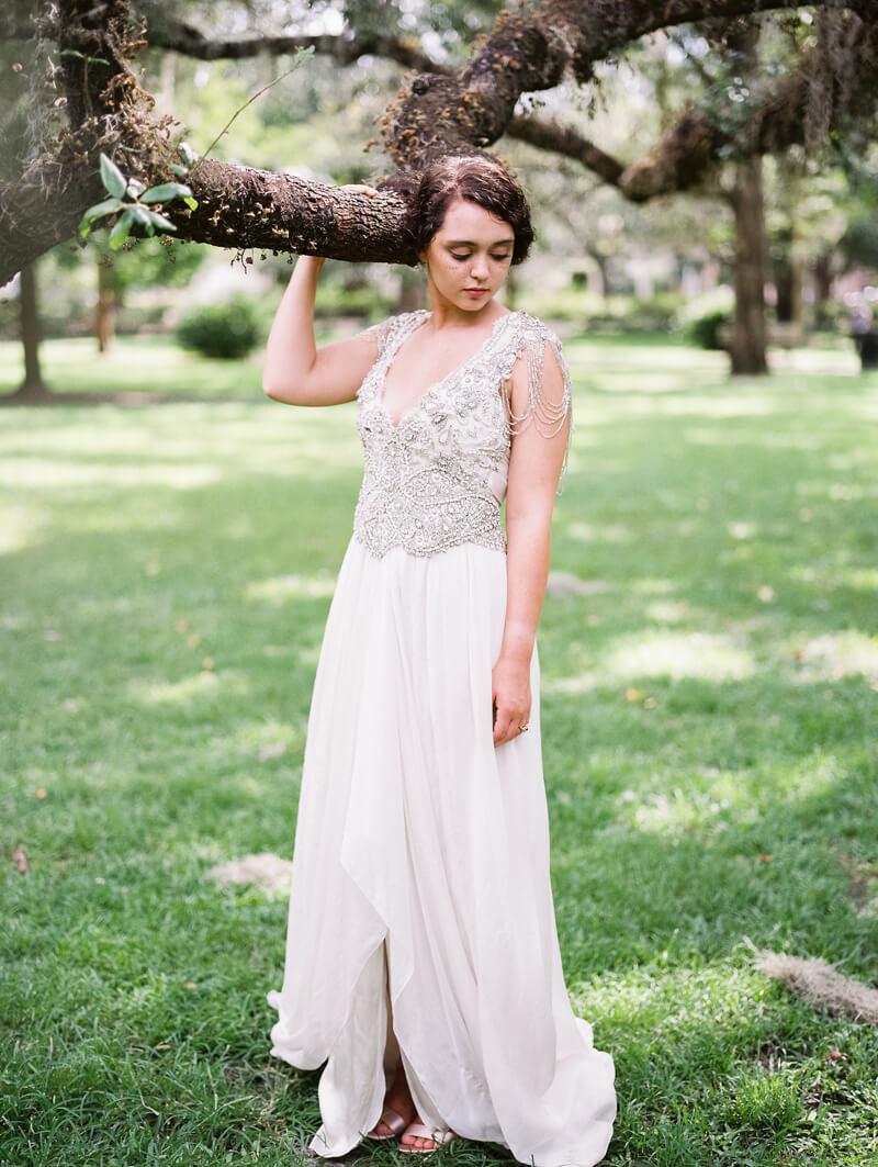 vintage-bridal-in-savannah-georgia-15.jpg