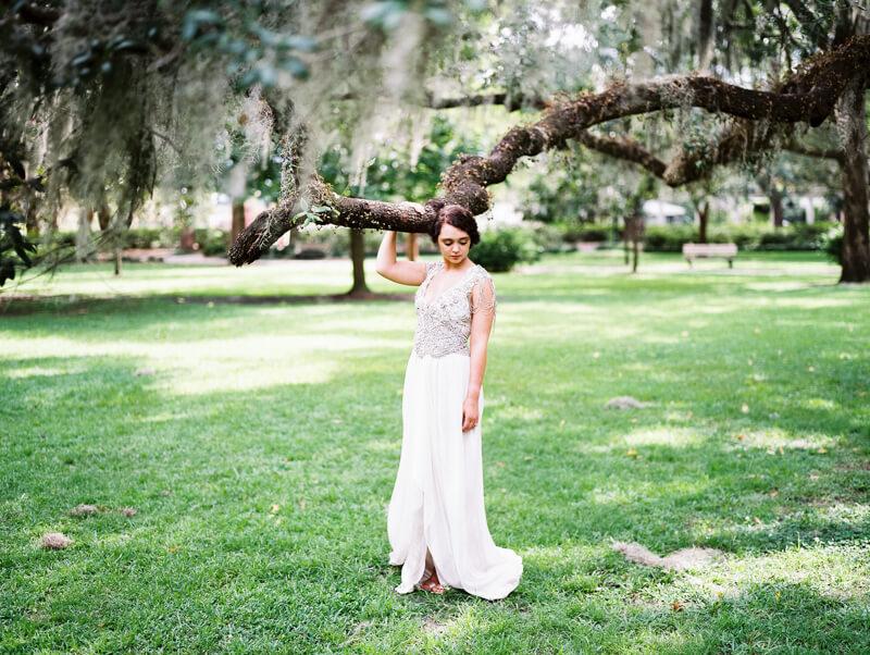 vintage-bridal-in-savannah-georgia-16.jpg