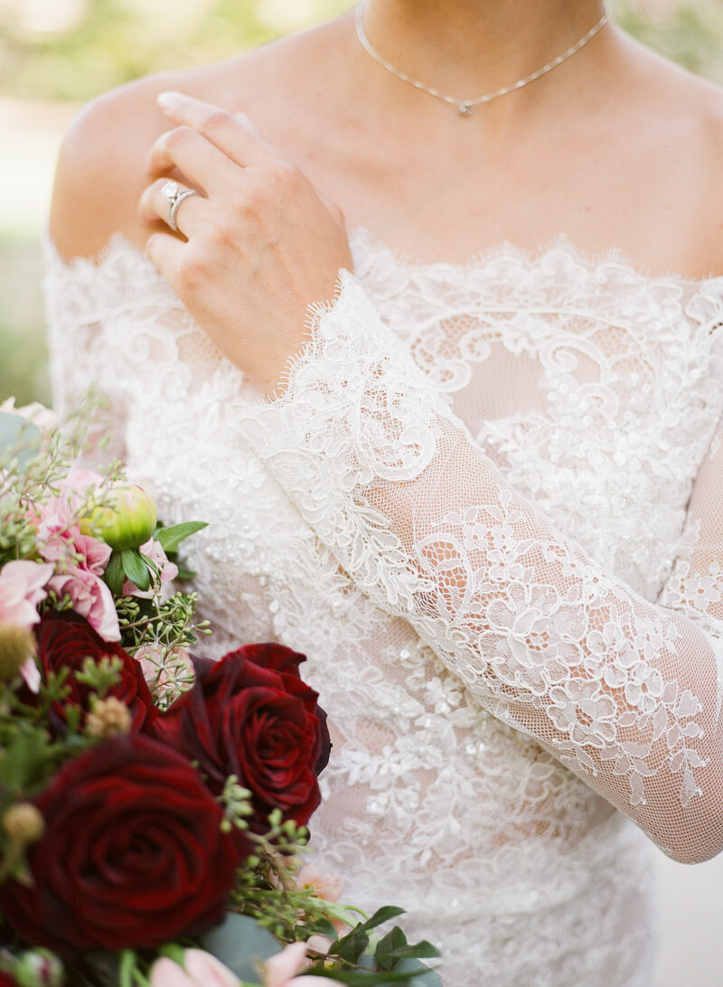 burgundy-and-pink-wedding-inspo-10.jpg