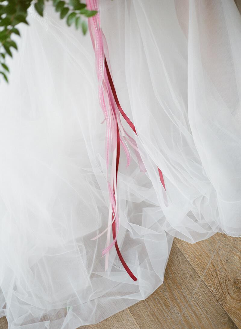 burgundy-and-pink-wedding-inspo-4.jpg
