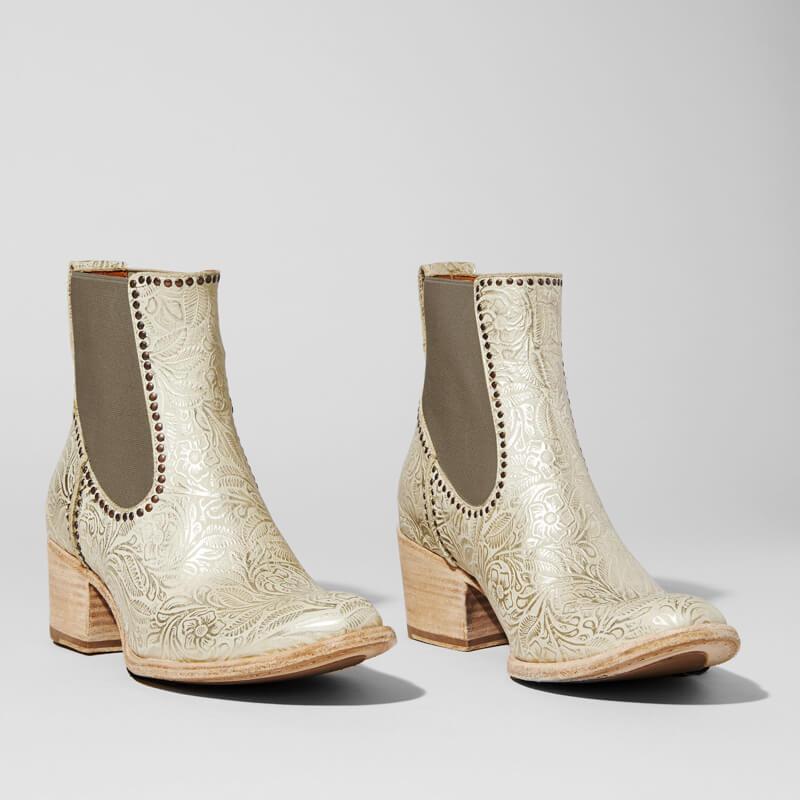 shoes-for-western-weddings-3.jpg