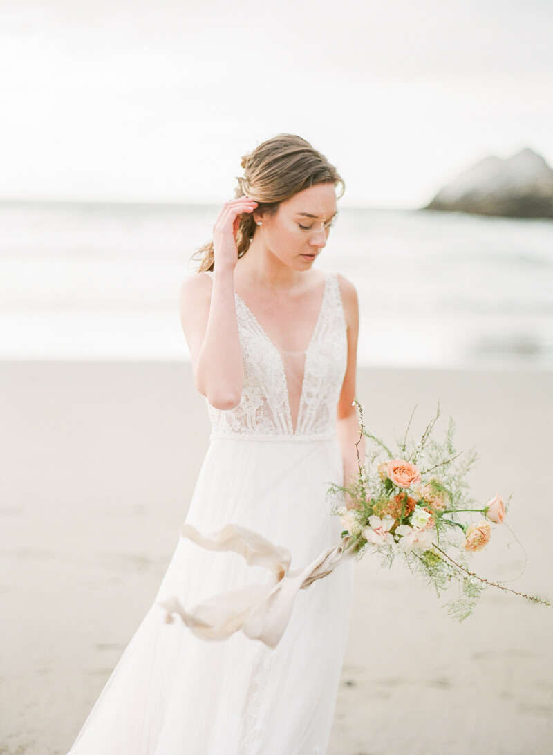 ocean-beach-wedding-inspo-20.jpg