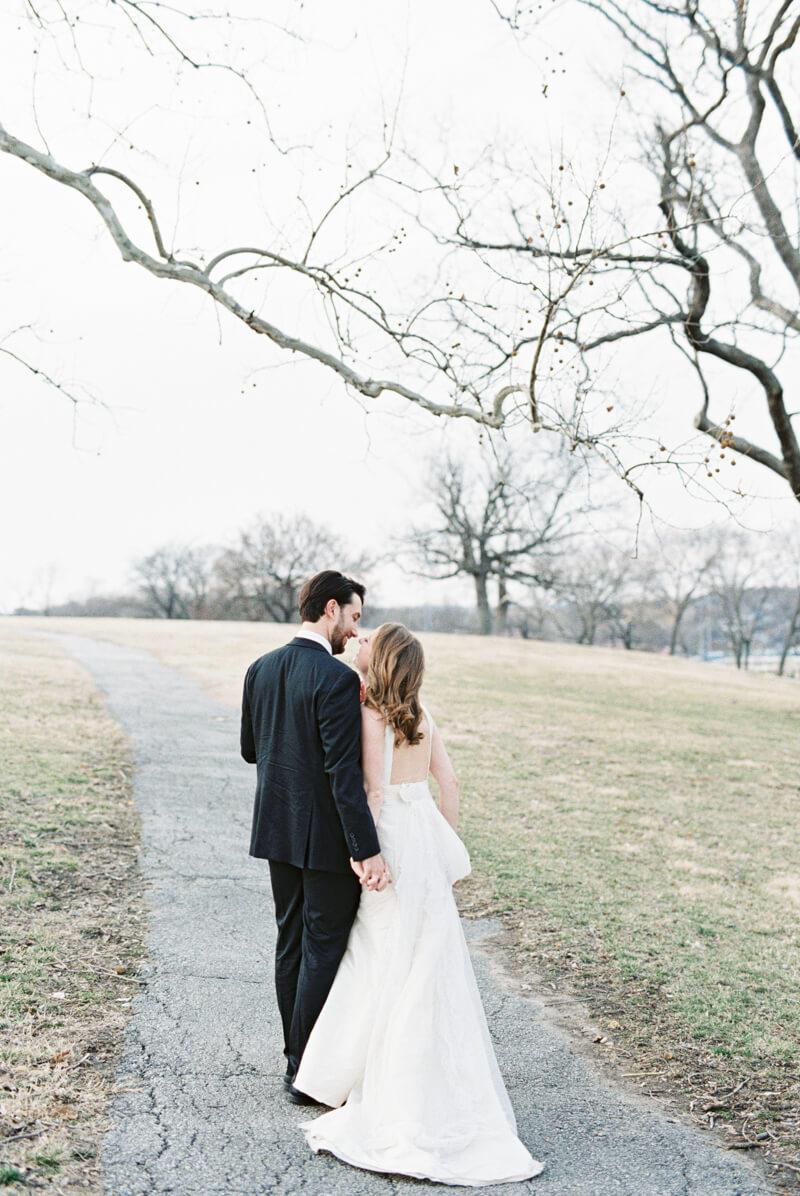 fine-art-kansas-wedding-photos-22.jpg