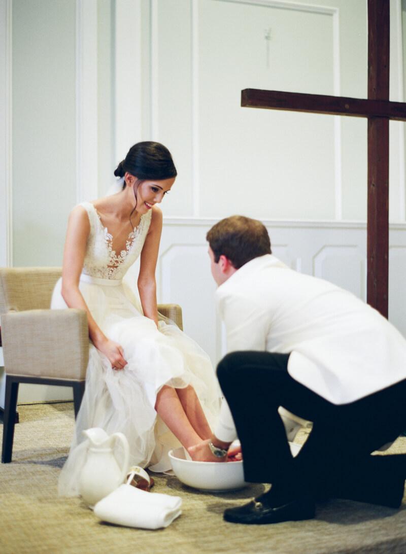 refined-wedding-in charlotte-20.jpg