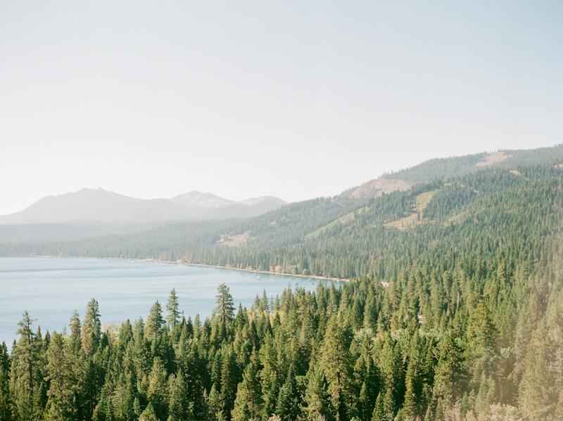 lake-tahoe-engagement-photos-14.jpg