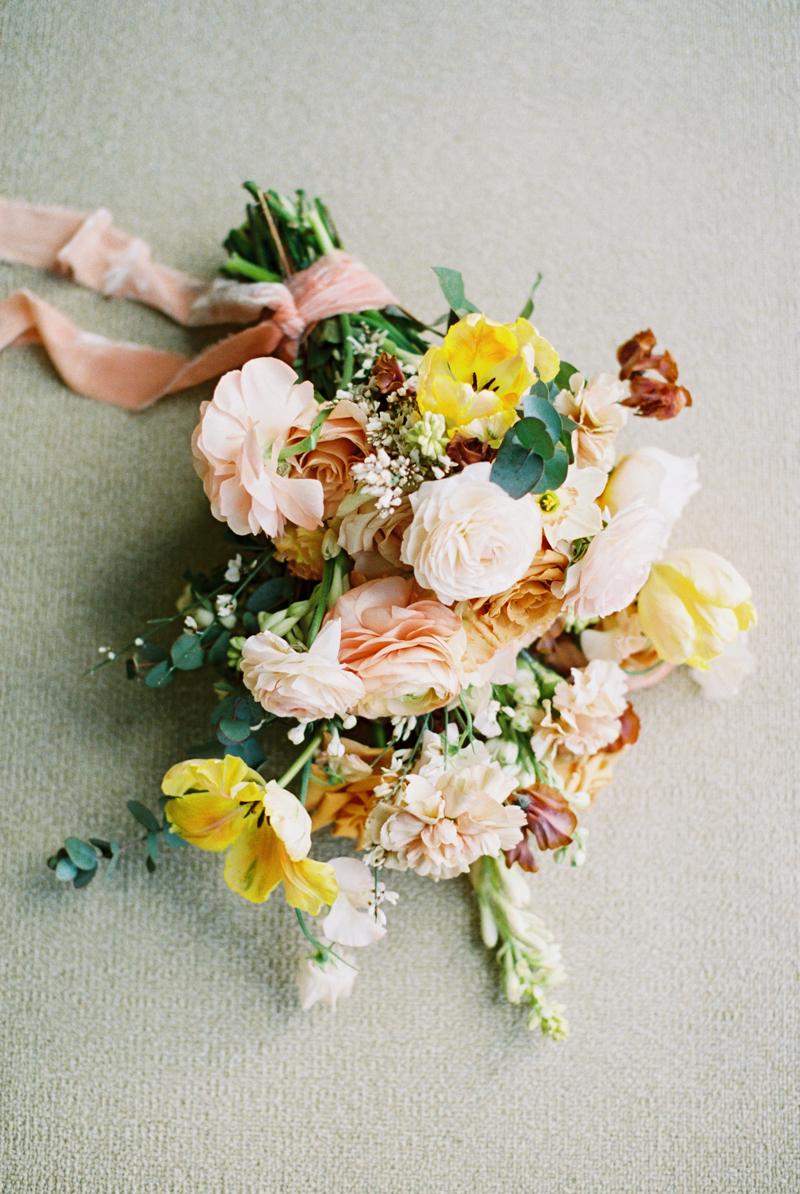 peachy-wedding-inspiration-4.jpg
