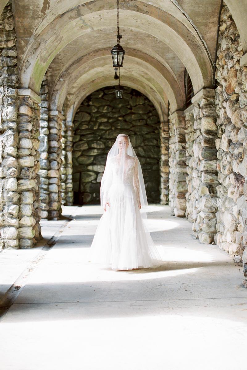 peachy-wedding-inspiration-12.jpg