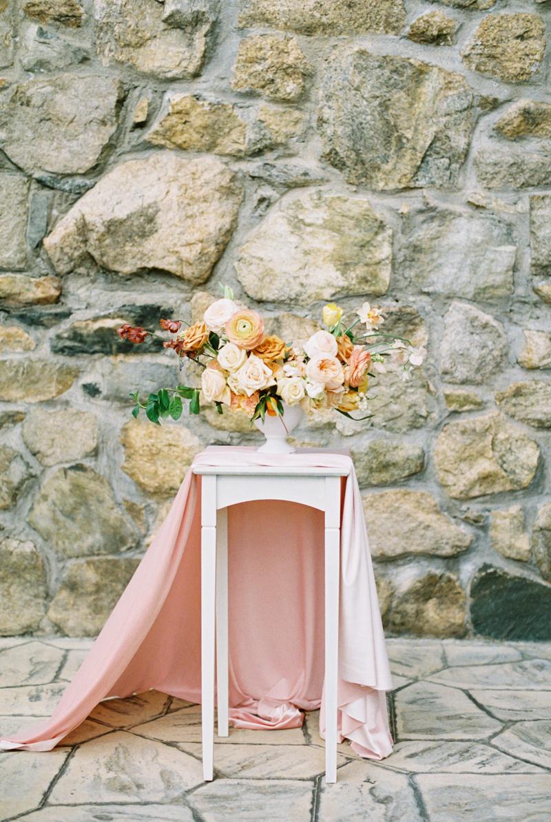 peachy-wedding-inspiration-5.jpg