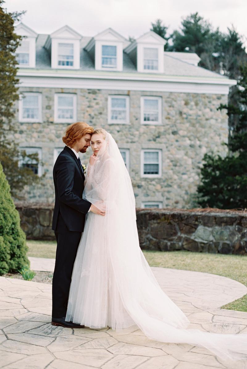 peachy-wedding-inspiration-23.jpg