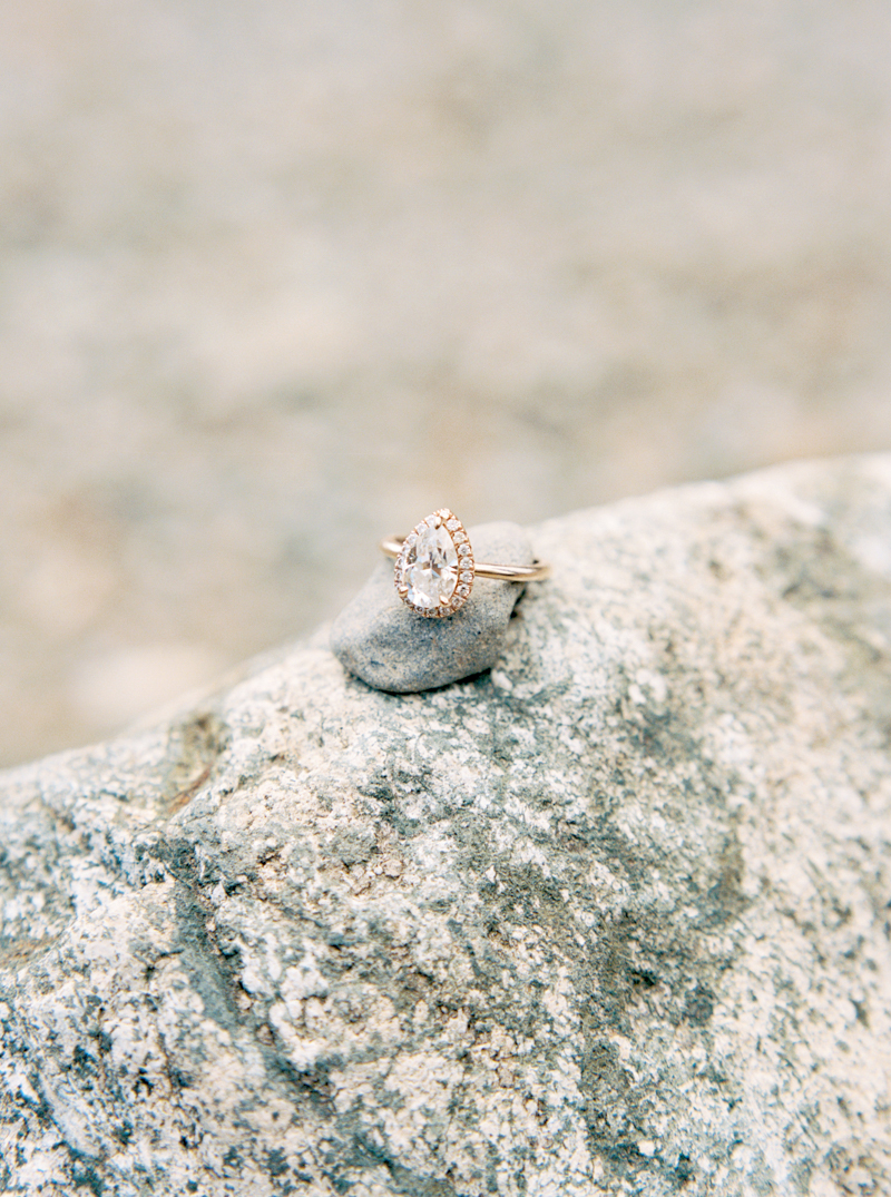 rattlesnake-lake-engagement-photos-8.jpg