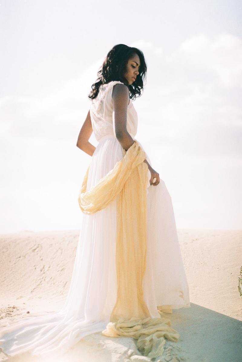 moscow-desert-wedding-inspo-15.jpg