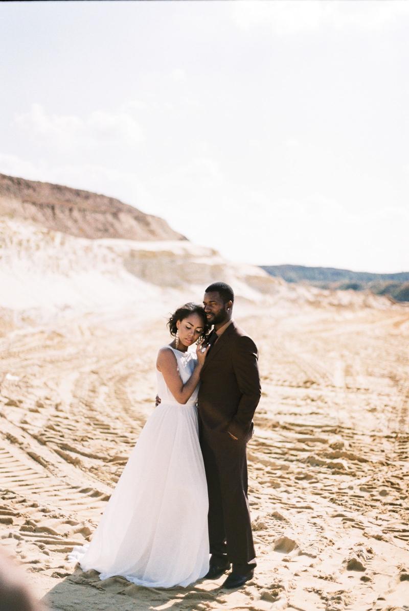 moscow-desert-wedding-inspo-3.jpg