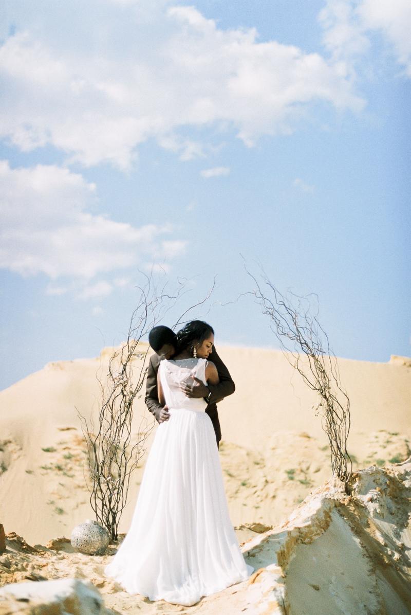 moscow-desert-wedding-inspo-17.jpg