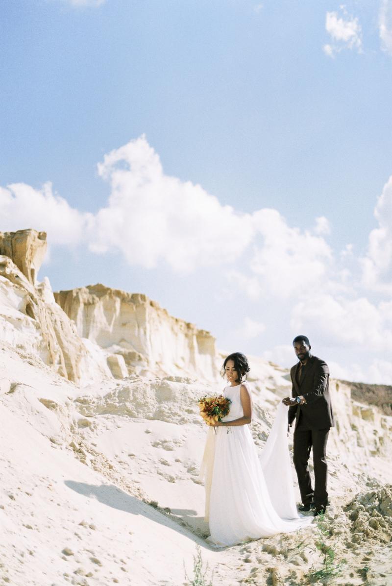 moscow-desert-wedding-inspo-16.jpg