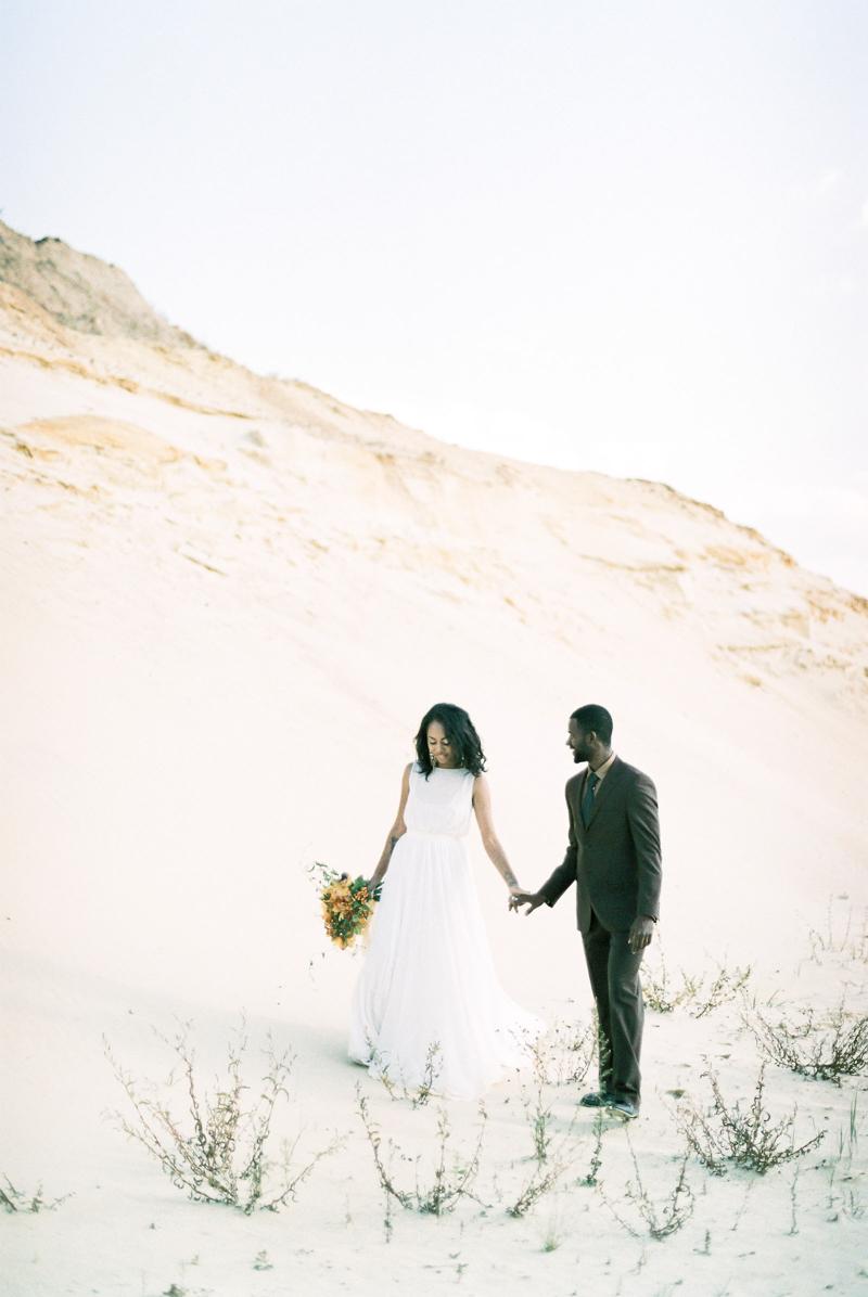 moscow-desert-wedding-inspo-8.jpg