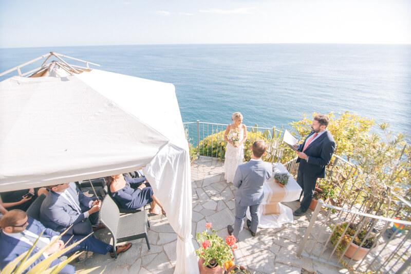 cinque-terre-italy-elopement-destination-weddings-16.jpg