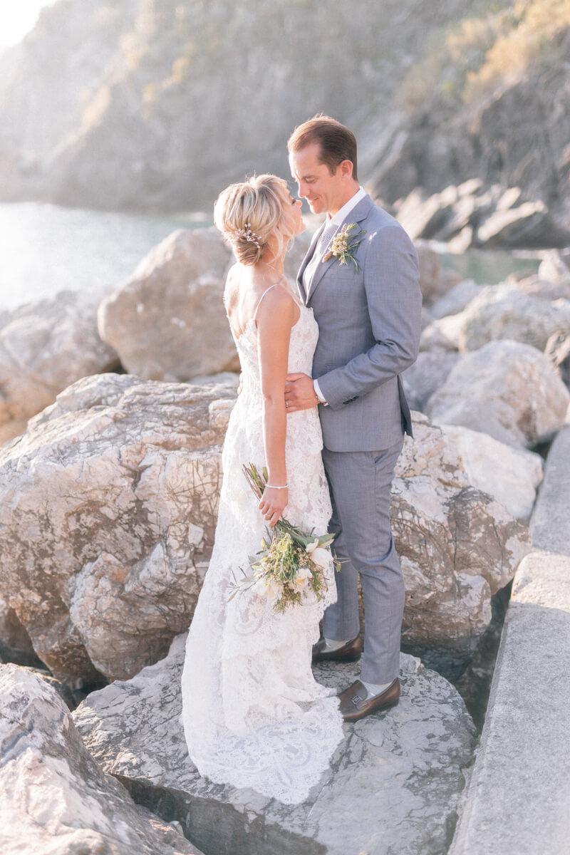 cinque-terre-italy-elopement-destination-weddings-19.jpg