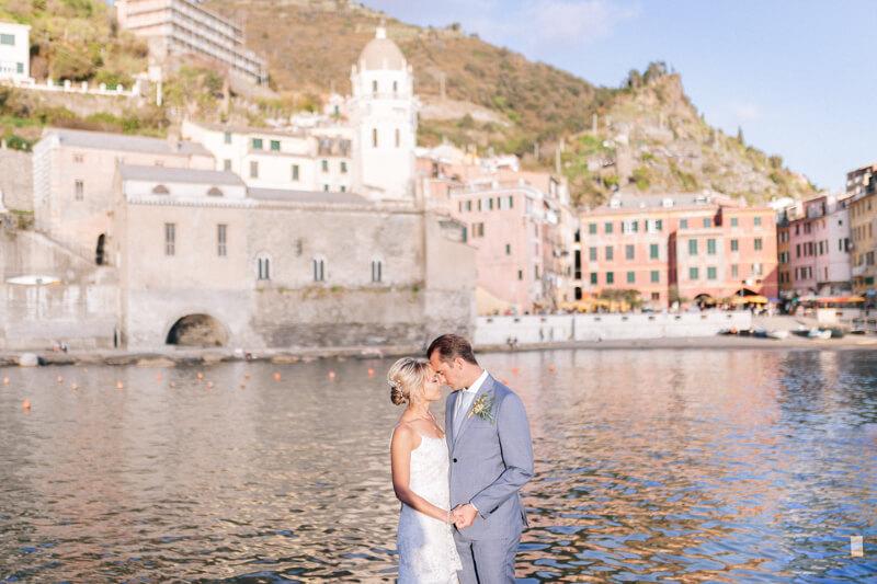 cinque-terre-italy-elopement-destination-weddings-20.jpg