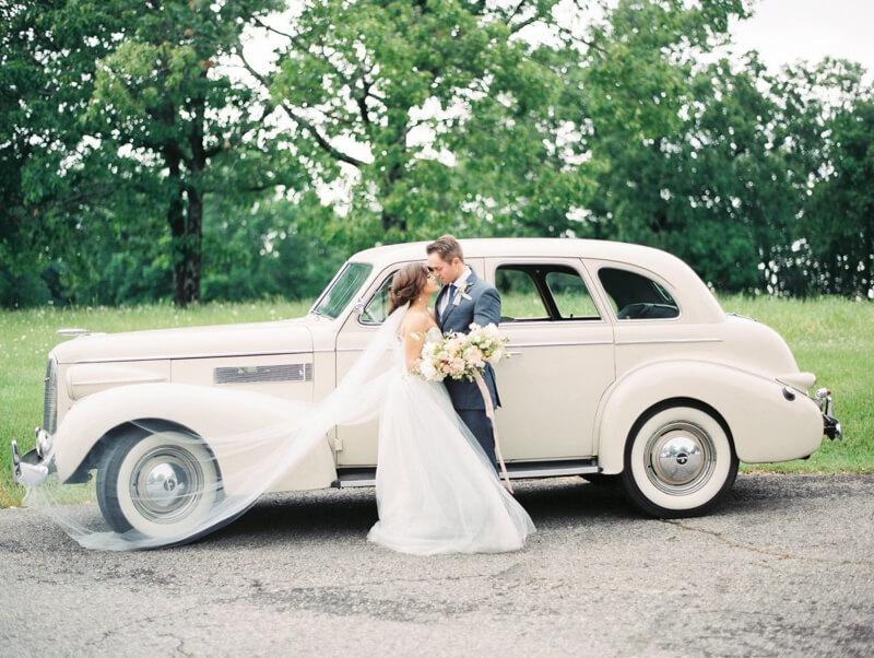 vintage-inspired-weddings-4.jpg