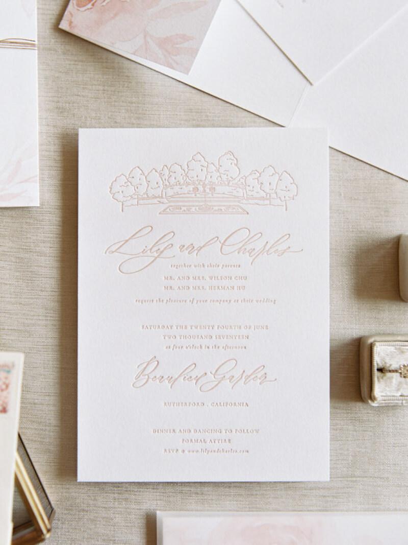 vintage-inspired-weddings-trendy-bride.jpg