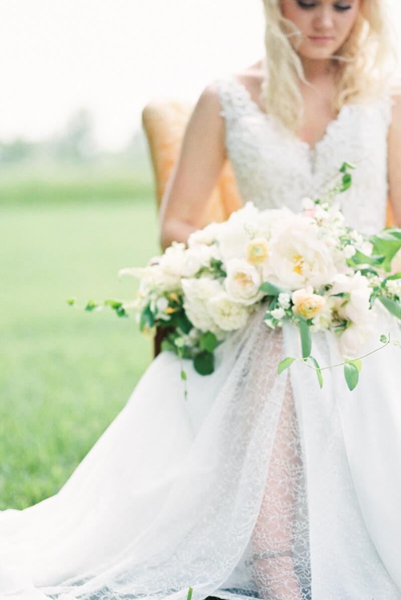 excello-missouri-wedding-inspiration-12.jpg